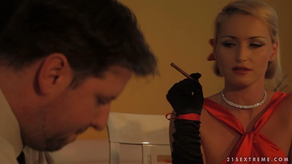 Kinky Euro lezdom BDSM scene with fetish chicks Meg Magic and Kathia Nobili № 712533 без смс