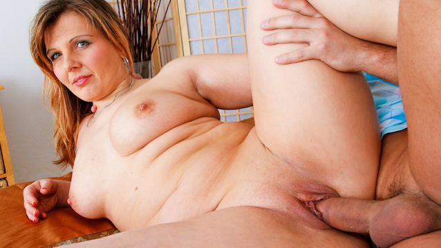 I Wanna Cum Inside Your Mom #35, Scene #03