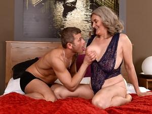 Aliz porn
