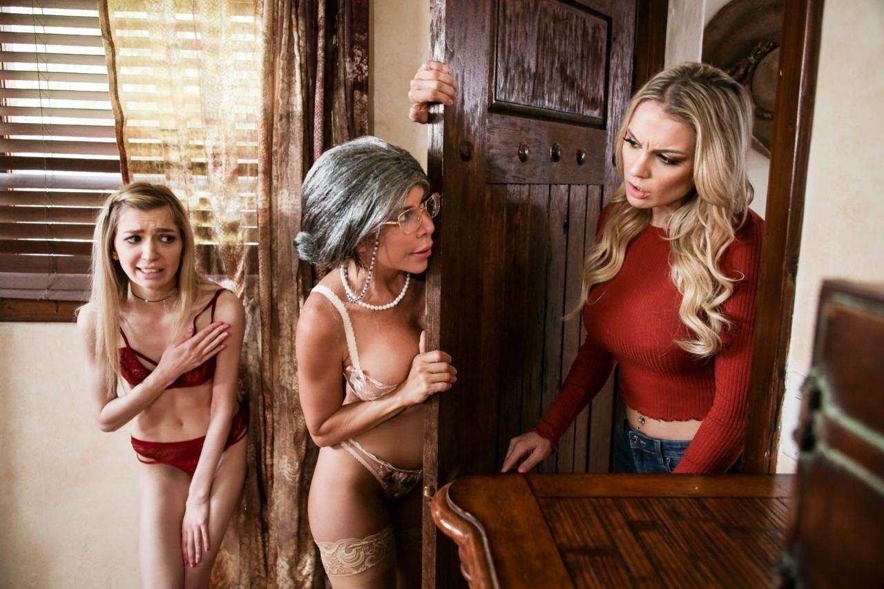 300 Porn Parody mrs. doubtfucker: a mrs. doubtfire parody
