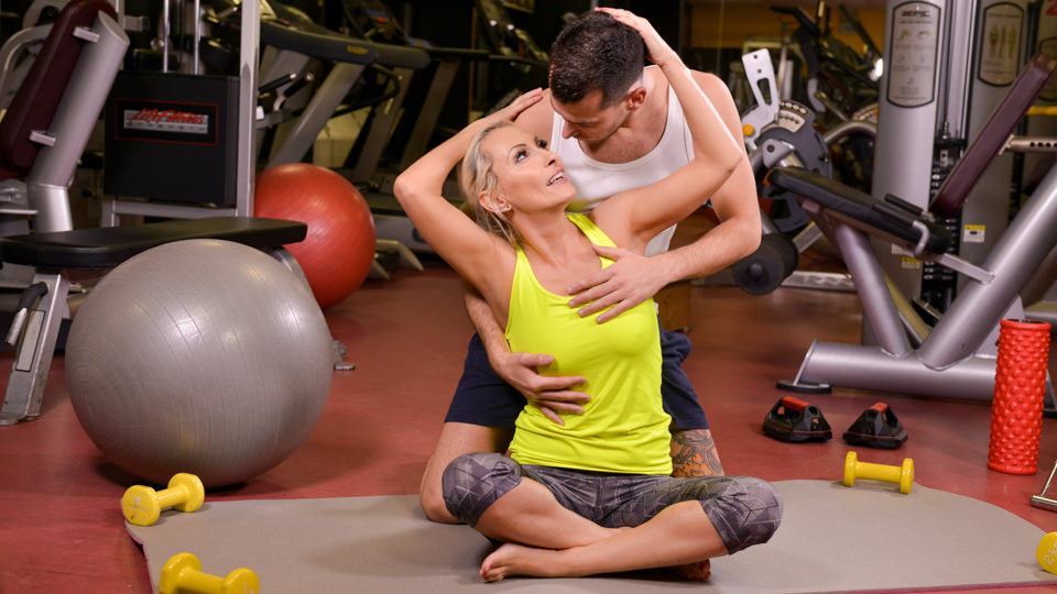 A Very Personal Trainer, Scene #01