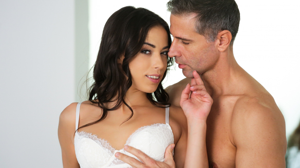 Spanish Girlfriend, Scene #01