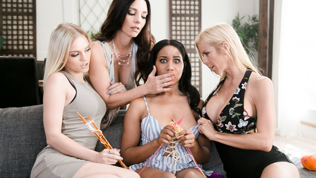 MommysGirl – Mindi Mink Alex Grey And Jenna Foxx The Daisy Chain – Alexis Fawx