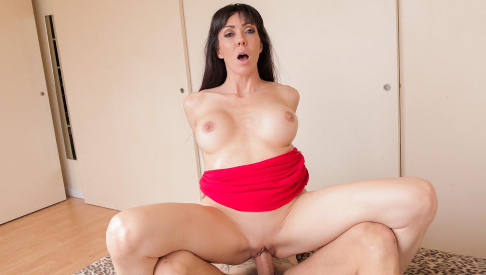 Busty MILF Sofia's Big Cock Anal Fuck