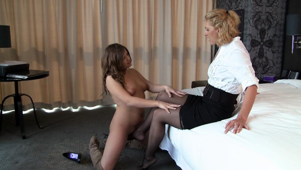 Two Mommies, Scene #02