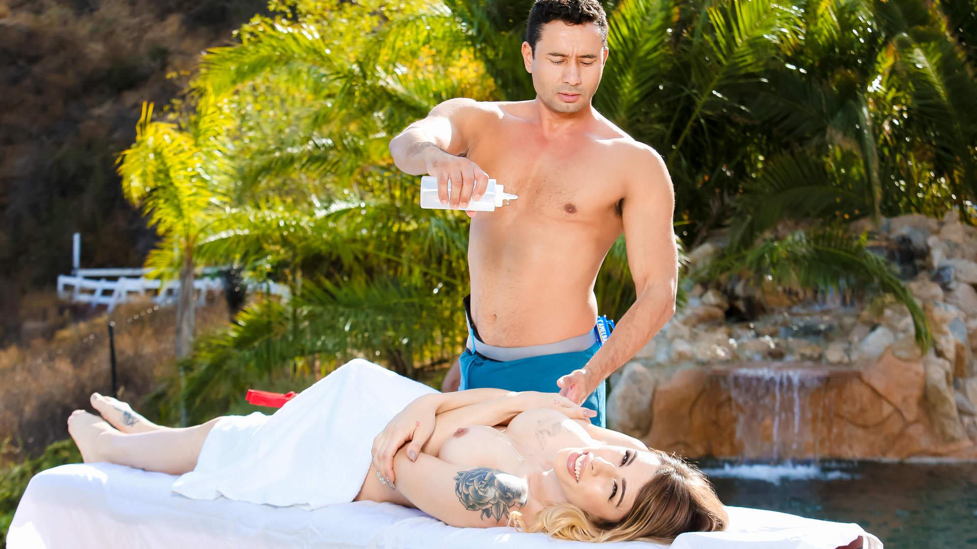 Trans Massage, Scene #04
