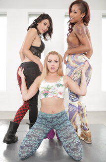 BTS-Lexi Belle Loves Girls Picture